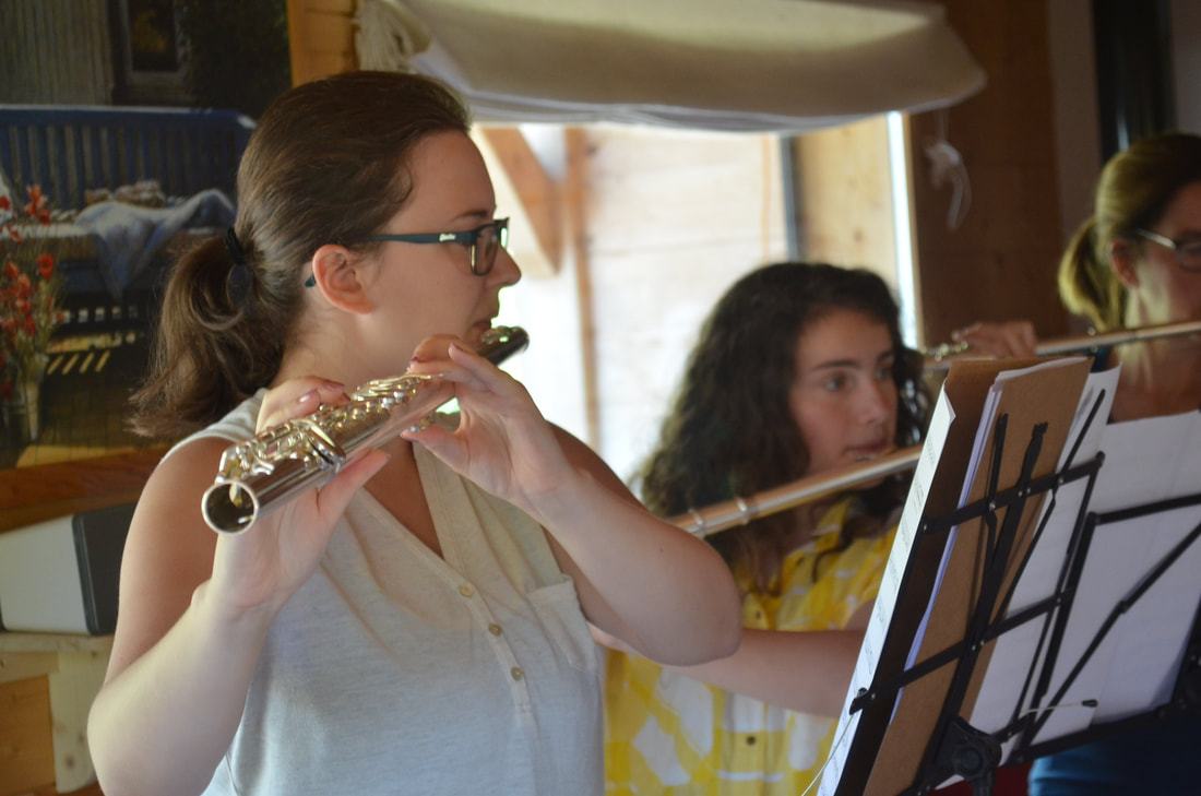 Learn the alto and bass flute on our course